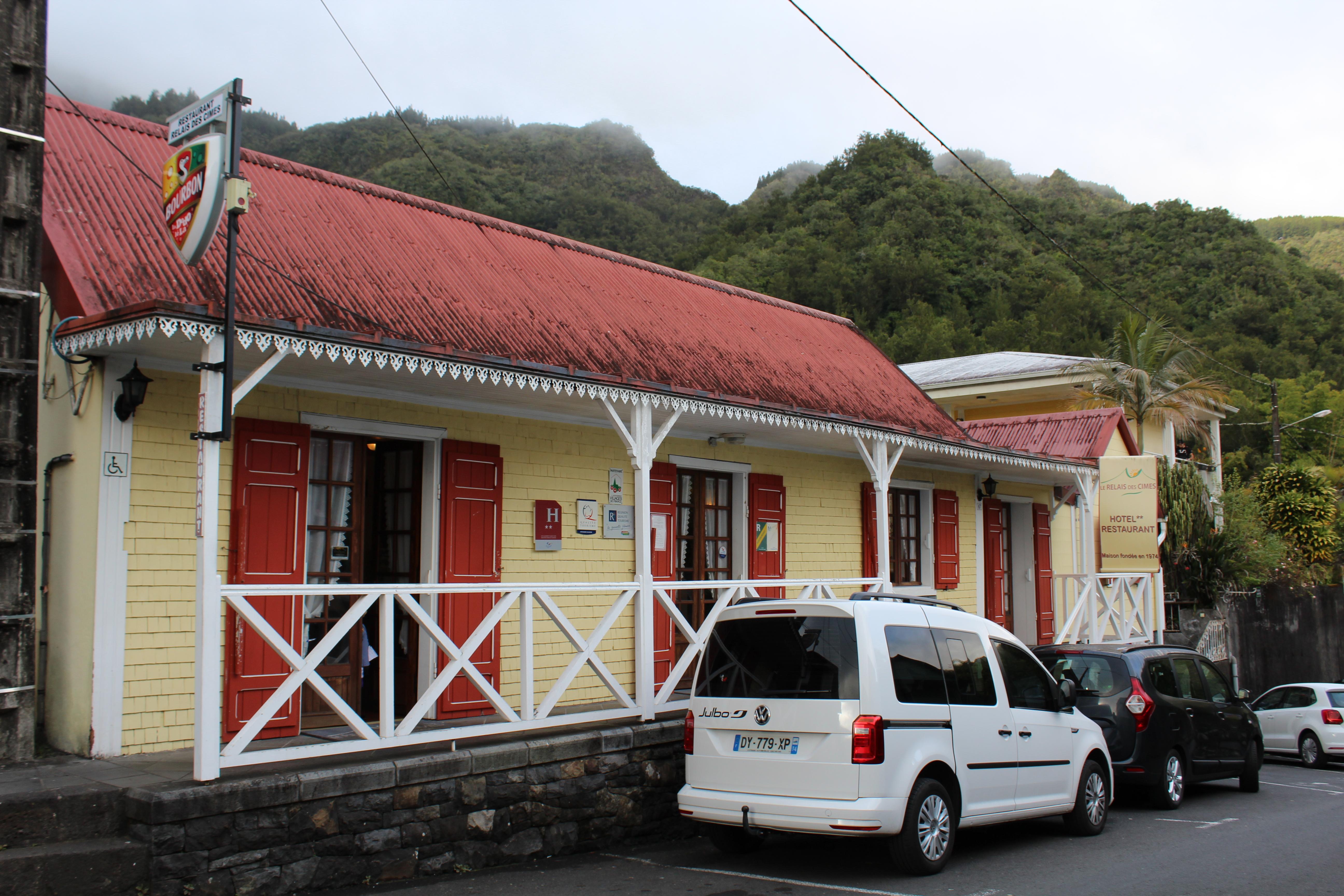 IMG_0937 Self Drive 2 star accommodation